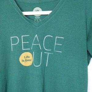 Life is Good Peace Out graphic tee shirt Large